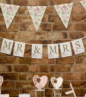 "Mr & Mrs-Girlande ""With Love"""