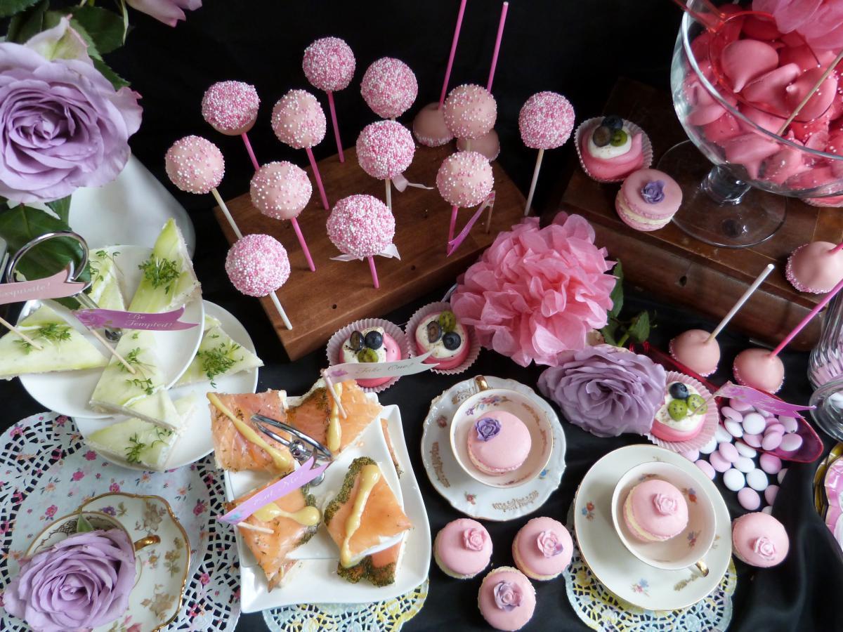 Ausgefallene party ideen interior design und m bel ideen for Pinke party deko