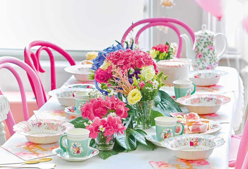 Farbenfrohe Tischdeko Zum Bridesmaid Dinner My Bridal Shower Blog