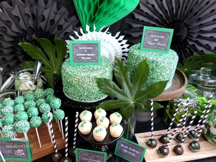 Ein Sweet Sweet Table Im Grunen Paradies Fur Die Anti Hochzeit