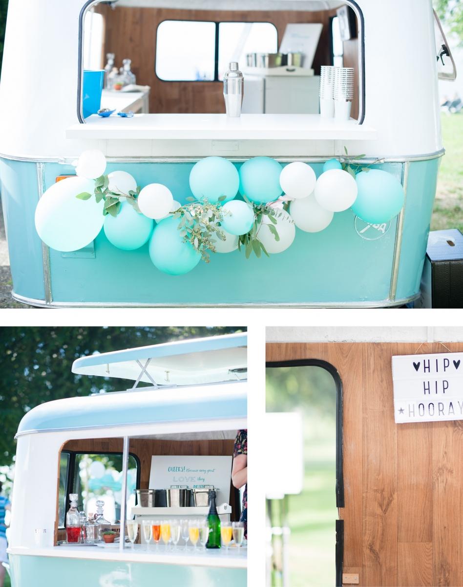 Am stylishen Barwagen holen sich die Hochzeitsgäste liebend gern ihre Erfrischung ab