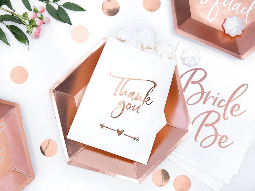 Überreiche deinen Mädels zur Brautparty kleine Dankesbotschaften