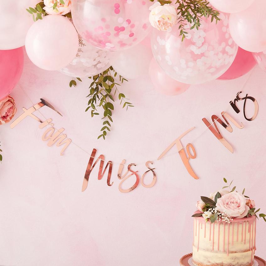 Passt toll zur floralen Bridal Shower - Luftballongirlanden