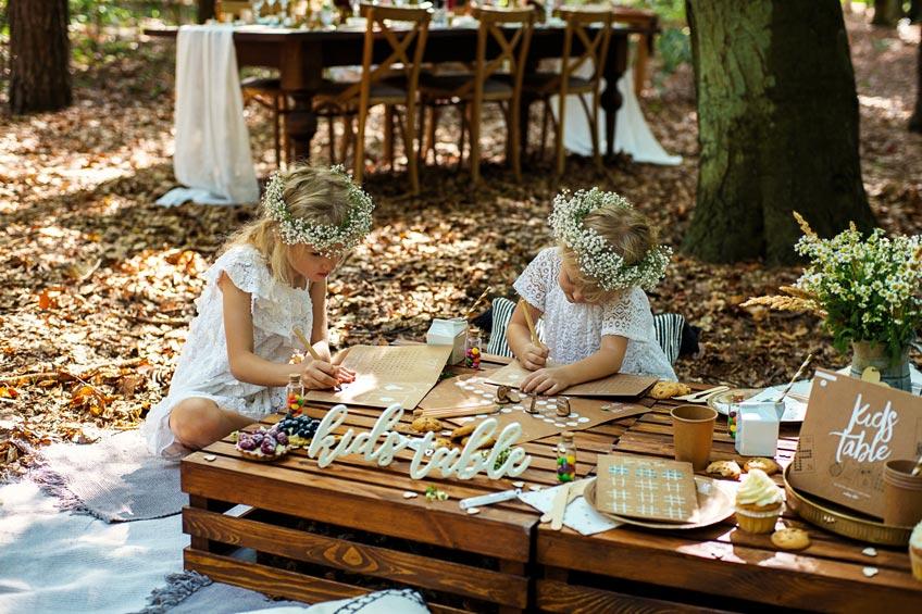 Hochzeiten im Herbst kollidieren weniger wahrscheinlich mit dem Familienurlaub