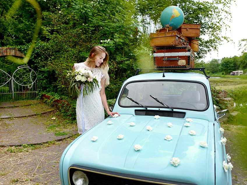 Für eine emissionsarme Hochzeit sollte das Hochzeitsauto kurze Strecken fahren