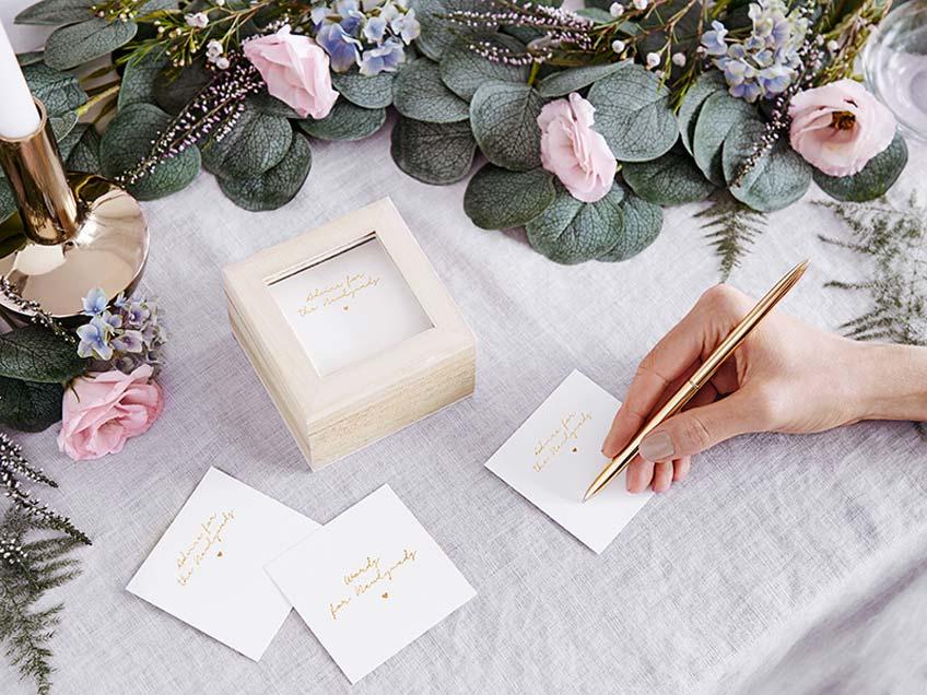 Nachhaltige Alternativen für die Hochzeit bei Einladung und Papeterie