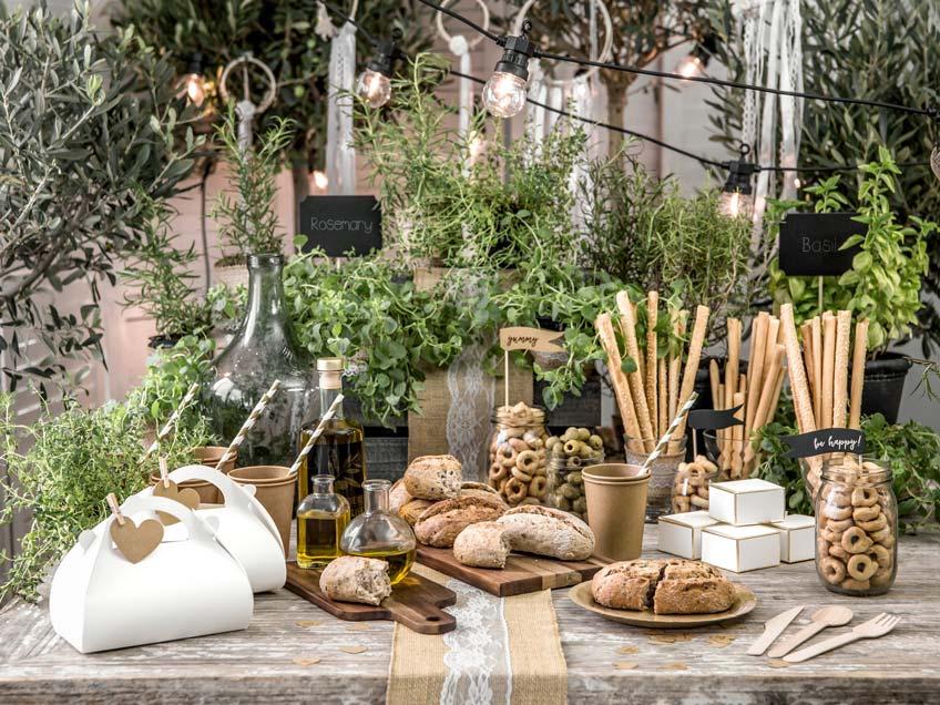 Biete auf deiner nachhaltigen Hochzeit einen gesunden Knabbertisch an