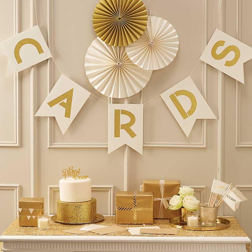 Goldene Deko für einen goldenen (Hochzeits-)Tag