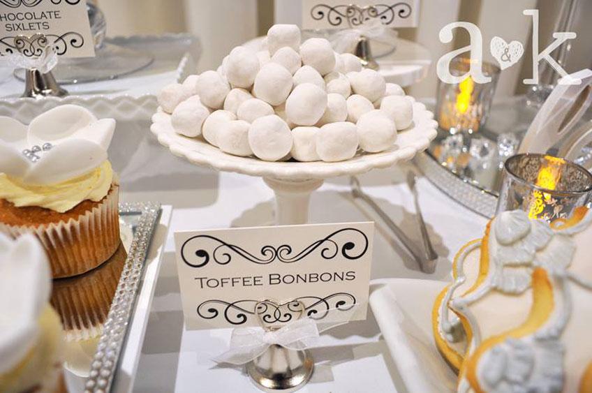Kleine Naschereien für die Silberhochzeit © a&k Lollybuffet