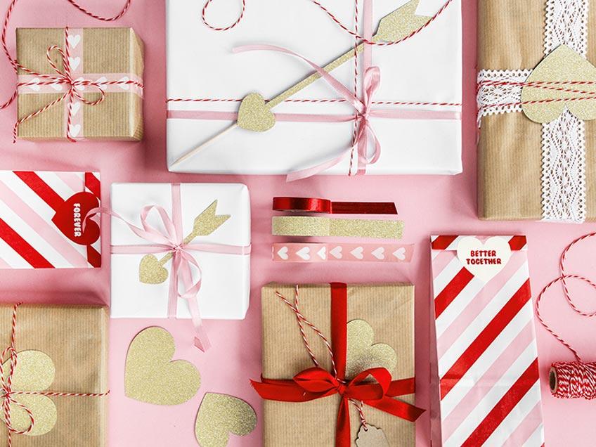 Geschenkverpackung für den Liebesbeweis zum Valentinstag