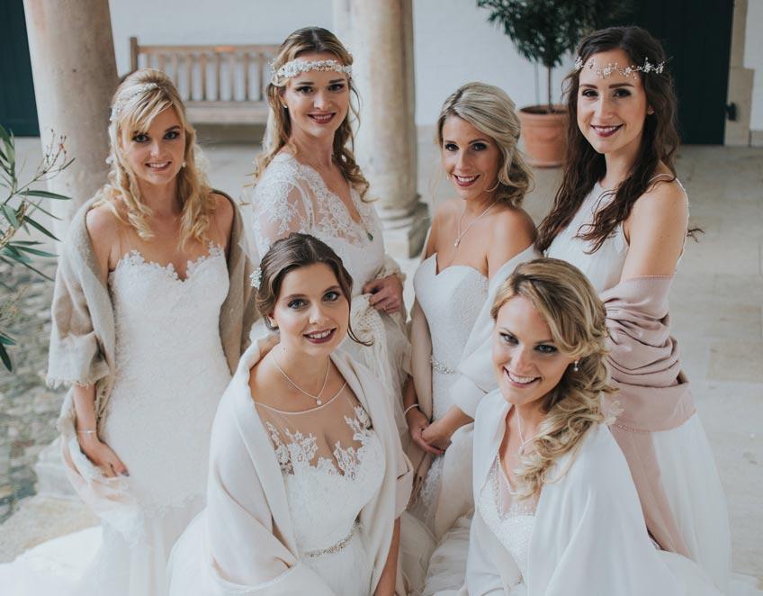 Zur Winterhochzeit ist das Brautkleid am besten weiß (c) Svetlana Kohlmeier Fotografie