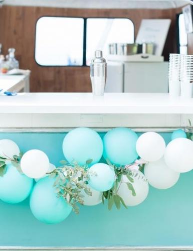 Ballongirlande lassen deine Hochzeitsfeier erstrahlen (c) glueckSEEligkeit