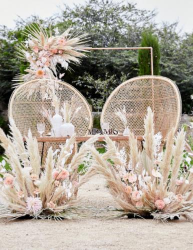 Ein Hauch von Freiheit, Ferne und Sommer: Hochzeitsdeko mit Pampasgras