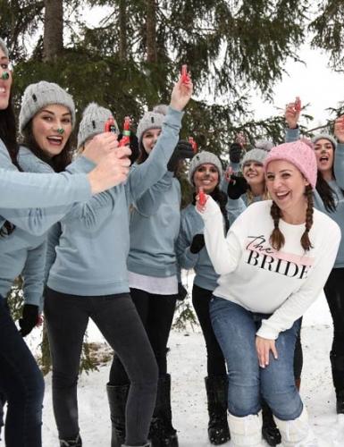 Auch im Winter gibt es spaßige Programmideen für den Junggesellinnenabschied (c) Josina Kaiser - Hochzeitsverliebt