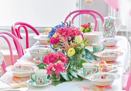 Feier deine Zeit als Bride to Be mit einem Dinner für deine Brautjungfern