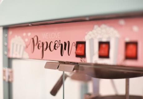 Coole Popcornmaschine mit eigenen Illustrationen