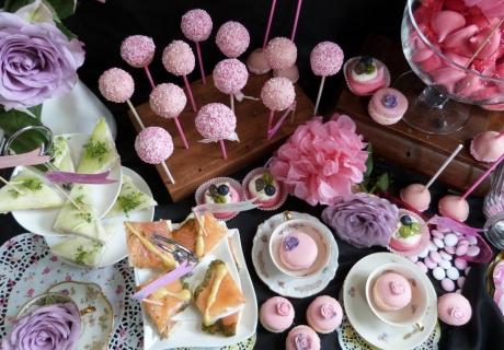 Die Brautparty ist perfekt, um die besten Rezepte für den Sweet Table auf der Hochzeit zu testen