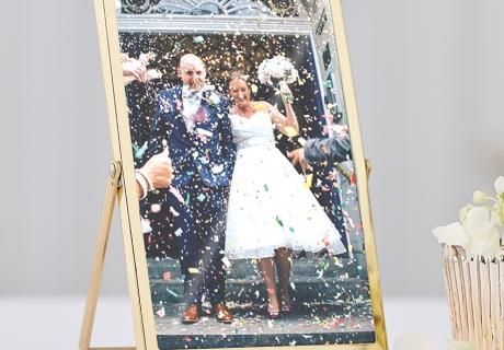 Die standesamtliche Hochzeit solltest du dir für immer golden einrahmen