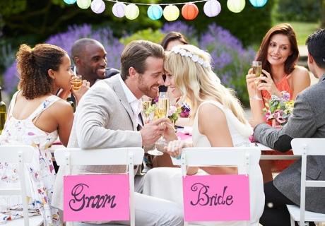 Die Couple Shower ist eine Feier für das Brautpaar - und es gibt Geschenke