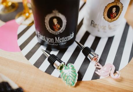 Edle Flaschenstopfen in tropischem Design