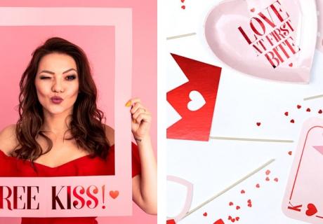 Schieß tolle Erinnerungsfotos von deiner Valentinstagsparty mit speziellem Photobooth-Zubehör