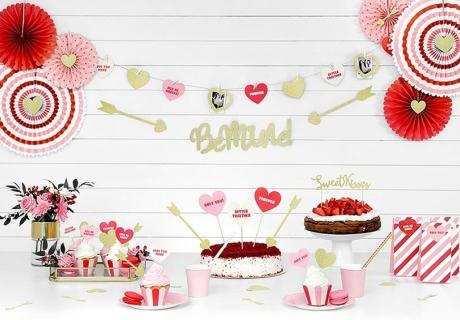 Die perfekte Deko für deinen Sweet Table zum Valentinstag