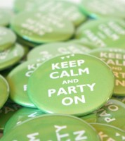 "Button ""Keep Calm and Party On"" - 56 mm"