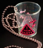 "Kette mit Shot-Glas ""Hen Party"""