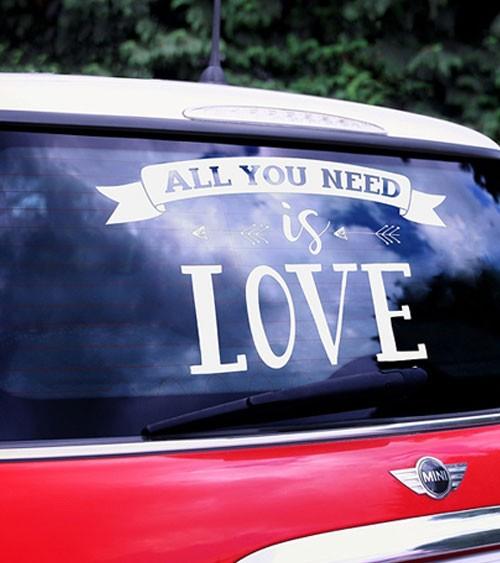 """Sticker für das Hochzeitsauto """"All you need is Love"""""""