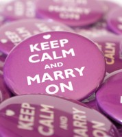 "Button ""Keep Calm and Marry On"" - 56 mm"
